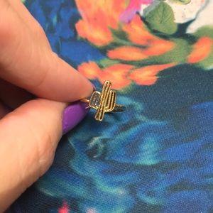 BNWOT 🍓 cactus🌵 adjustable boho gold color ring